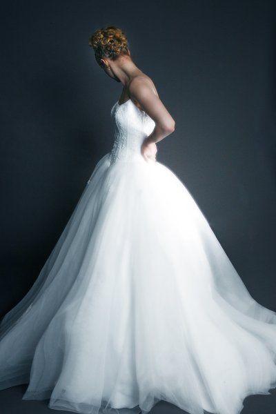 Beaded Corset and Tulle #wedding #Dress: Wedding Dressses, Wedding Dresses Corsets, Tulle Wedding Dresses, Wedding Gowns, Fashion Wedding Dresses, Wedding Dresses Tulle, The Dresses, Corsets Wedding Dresses, Beads Corsets
