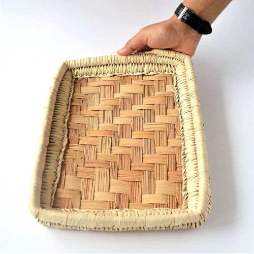 Obdľžnikový pletený podnos z palmových listov