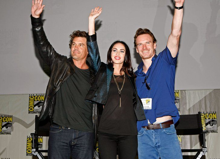 Pin for Later: The Cutest Cast Moments From Comic-Cons Past  Josh Brolin, Megan Fox, and Michael Fassbender waved to fans as they took the stage at a panel for Jonah Hex in 2009.