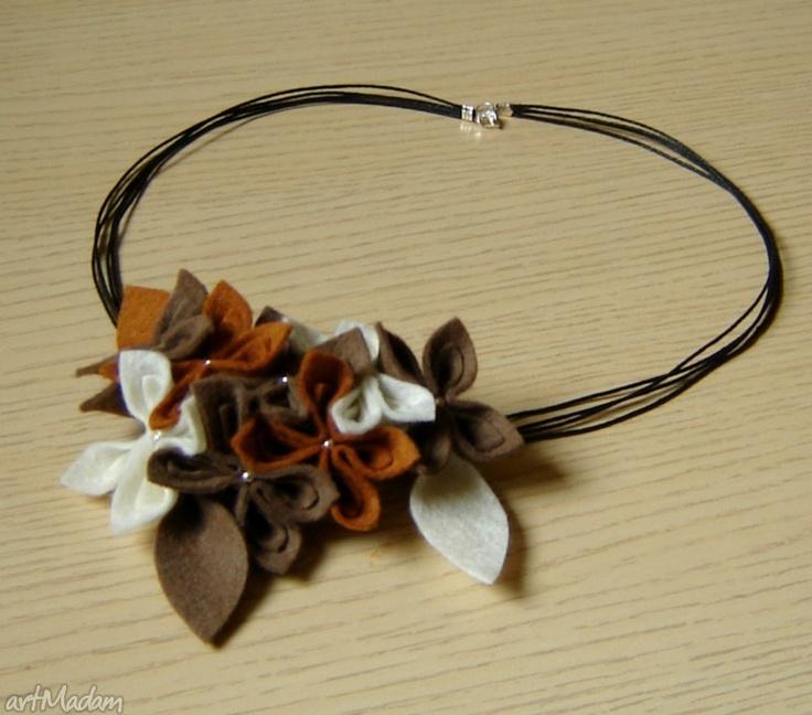 naszyjniki: Naszyjnik filcowe kwiaty brązowo-kremowy - Hand-Made