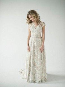 A-Linie/Princess-Stil V-Ausschnitt Ärmelloses Applikation Gericht Zug Taft-Brautkleid