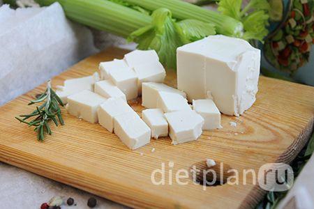 суп из сельдерея и сыра тофу