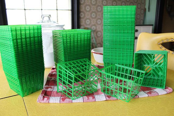 100 New Berry Baskets Large Quantity of Berry Baskets Green