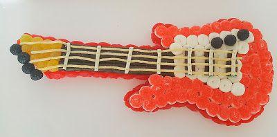 Tartas de Chuches Pamplona. Dulces y Chocolates : Guitarra eléctrica de chuches