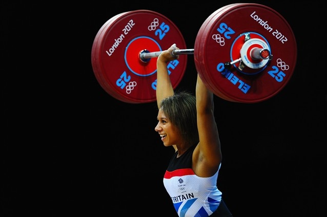 Team GB's Zoe Smith makes a 121kg (267 lbs) clean and jerk look like a walk in the park, setting a new British record