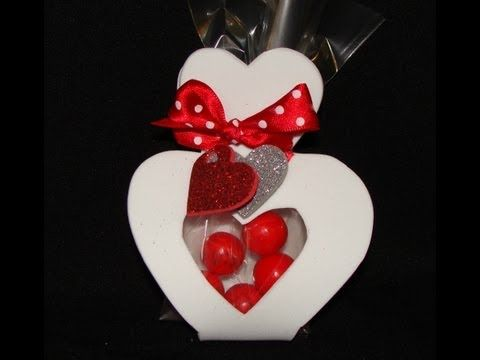 COMO HACER CORAZONES DE FOMI O GOMA EVA / CANDYS HEART DIY - YouTube