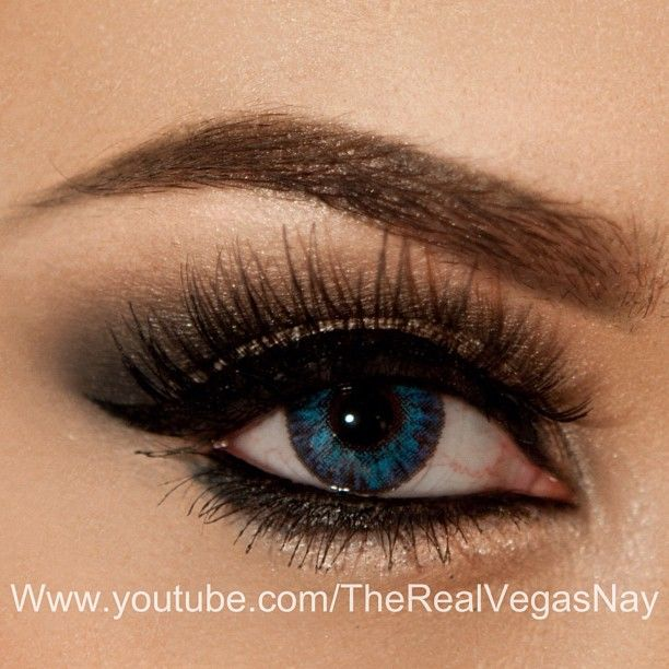 Up Close Of Soft Smokey Holiday Lk For All Eye Colors