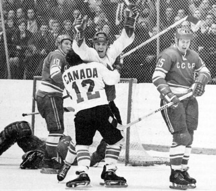Henderson's Goal in Moscow  Sep 28, 1972 - Paul Henderson scored the dramatic winning goal with 34 seconds left as Team Canada defeated the Soviet National Team 6 - 5 in the final game of the Canada-Soviet Hockey Series.