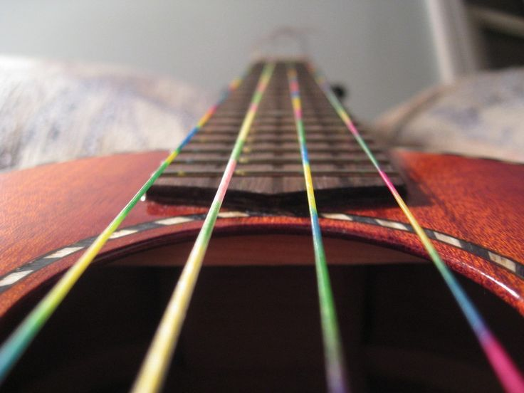 rainbow Ukulele strings!! Someday when I get tons of money.. I'm totally getting these for Rachael♥