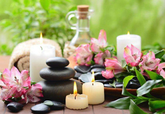 Kosmetik selber machen: Geraniumöl, Lava Steine, Kerzen, Badtücher, Geraniumblühte