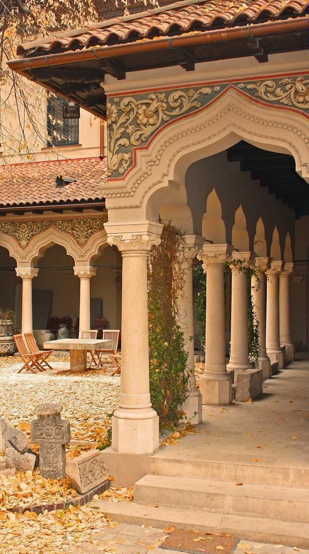 Stavropoleos Monastery (Bucharest, Romania) http://pinterest.com/pin/176414510375414099/