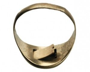 Poison ring with a very secret compartment on the back. Lets hope the poison doesn't create a rash!