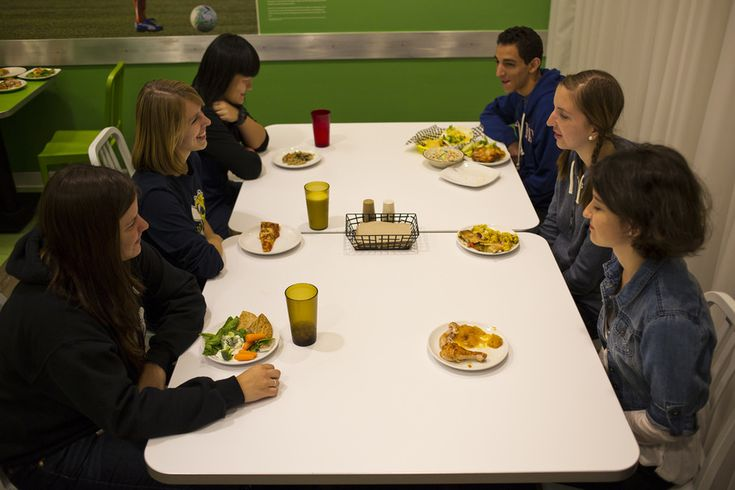 How to Make the Most of Your College Meal Plan