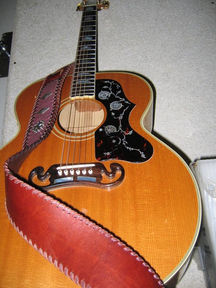 103 best images about gibson acoustic guitars on pinterest vintage custom acoustic guitars. Black Bedroom Furniture Sets. Home Design Ideas