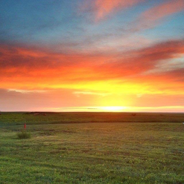 A stunning sunset over the prairies of South Dakota.