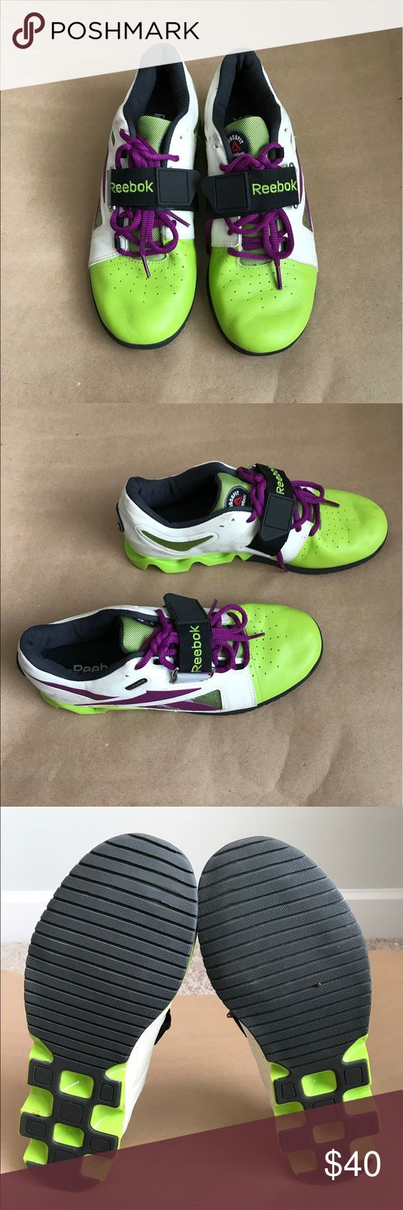 Lifting shoes Reebok lifting shoes, great for crossfit, very light Reebok Shoes Athletic Shoes