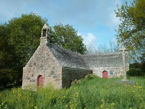 La chapelle St-Mear à Saint Jean du Doigt