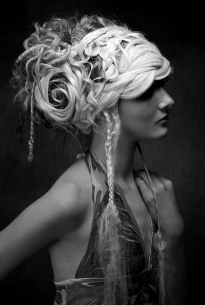COOL HAIR: Hair Piece, Hairstyles, Hair Art, Tribal Makeup, Beautiful, Princesses Hair, Hair Style, Hats Hair, Forefront