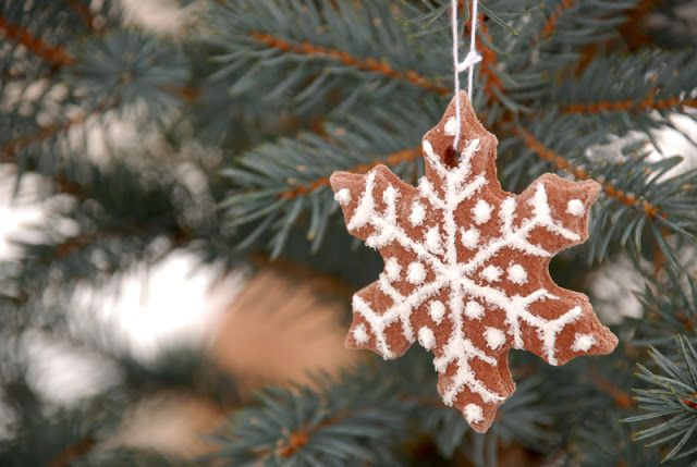 "Lorajean's Magazine,: Tutorilal: How to make christmas salt dough ""cookie"" ornaments"