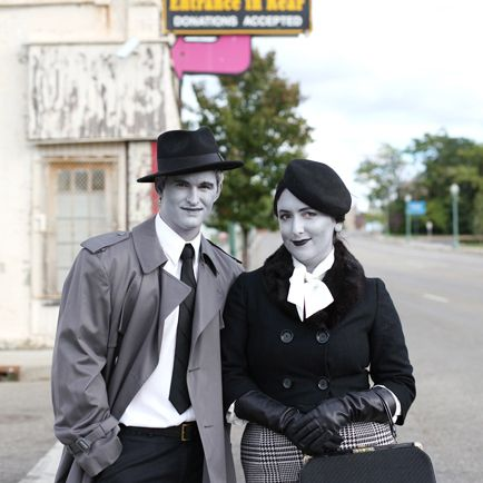 DIY Halloween: Film Noir Grayscale Costume