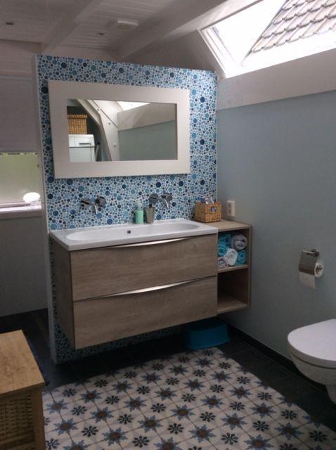 Keramische patroontegels 20x20 toegepast in de badkamer 19 ti tegelhuys tegelhuys - Grijze wand taupe ...