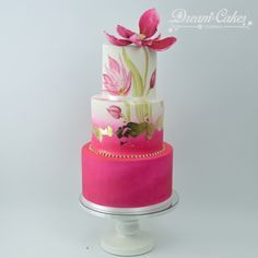 Beautiful work! Hand painted wedding cake with a single sugar bloom and gold leaf
