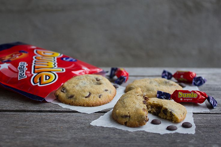 Chocolate Chip Cookies med dumlefyllning - made by Helle