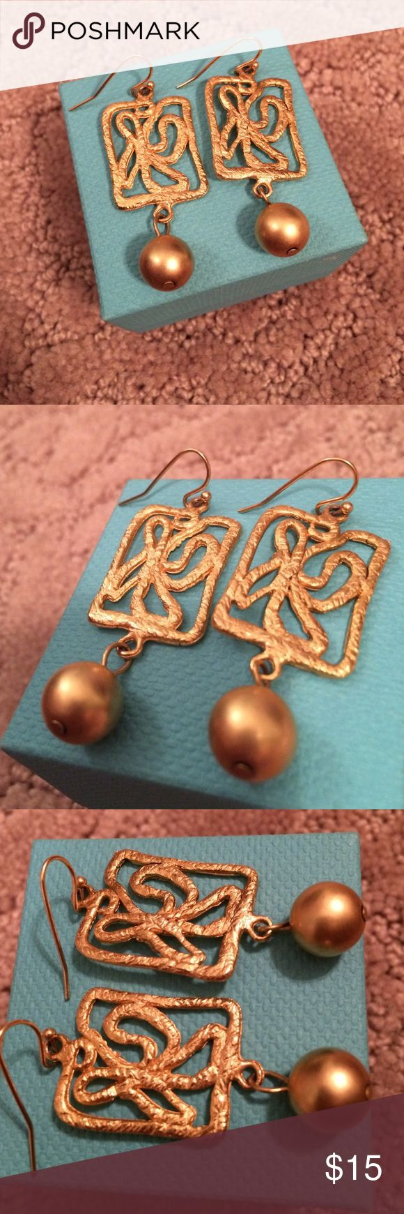 John Wind Gold Earrings Perfect Condition John Wind Earrings. Gold. Box not included. John Wind Jewelry Earrings