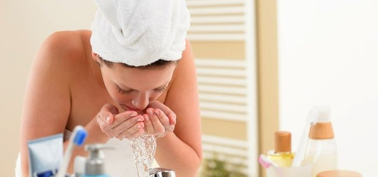 How To Wash Your Face And Remove Makeup With Oil
