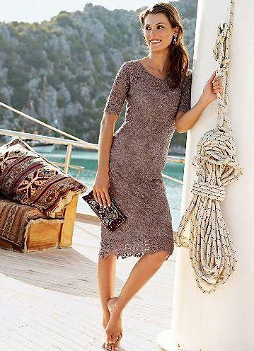 GORGEOUS crochet dress - motif pattern incl
