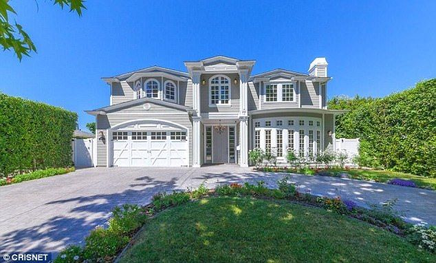 House hunters: This is the $2.2million home Ariel Winter is considering buying