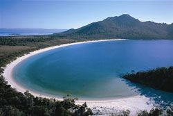 4-hour Freycinet & Wineglass Bay Cruise, #Tasmania, #Australia