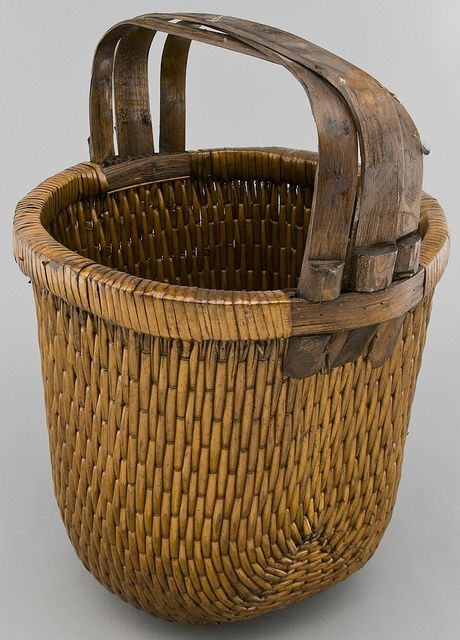 Antique Chinese basket: Woven Baskets, Summer Picnic, Chine Basketsold, Old Baskets, Antiques Chine Baskets, Antiques Baskets, Baskets Cases, Chine Rice, Vintage Style