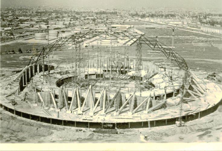 Construccion del Palacio de los Deportes a finales de los 60's