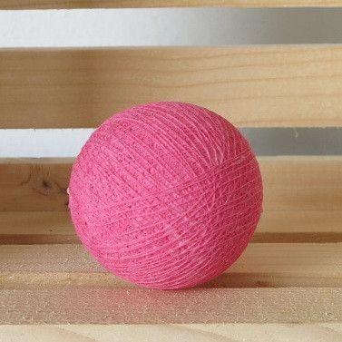 Pinkki valopallo meiltä: http://www.valopallot.fi/product/102/valopallo-pinkki-5-kpl
