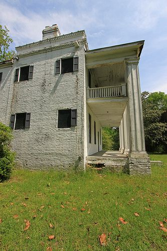 Abandoned plantation home in the ghost town of Cahaba, Dallas County, Alabama.