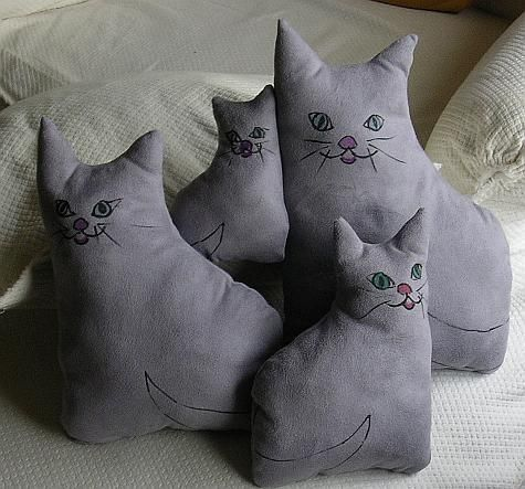 Sewing Pattern Cat Pillow: 163 best cat pillows images on Pinterest   Cat pillow  Cats and    ,