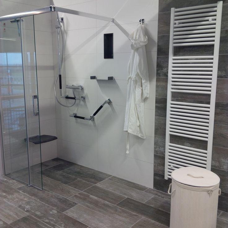Super douche 1 voor iedereen te gebruiken jong en oud 2015 model in de showroom mijn thuis - Model badkamer douche ...
