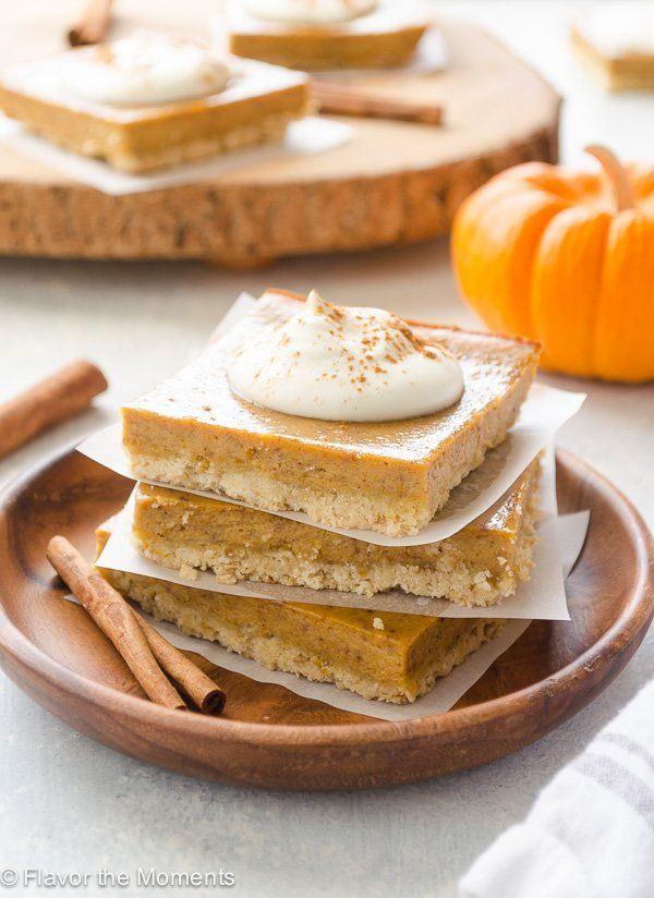 Easy Pumpkin Pie Bars With Oat Crust Are The Quick And Easy Way To Enjoy Pumpkin Pie They Take Only 15 Easy Pumpkin Pie Easy Pumpkin Dessert Pumpkin Pie Bars