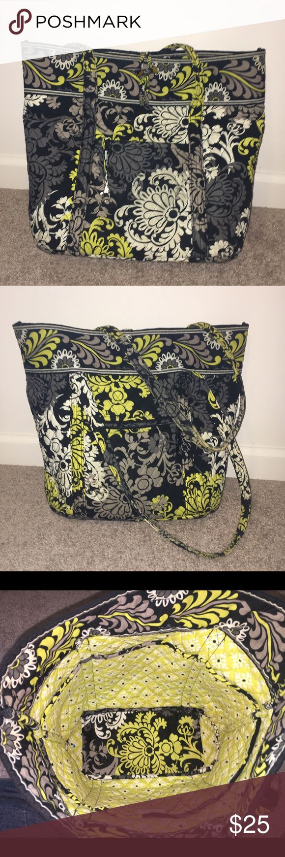 Vera Bradley tote bag Some wear on the straps as pictured. Vera Bradley Bags Totes