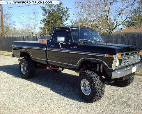 "1977 Ford F250 CUSTOM 1969 460,DANA 60 FRONT END,TCI AUTO TRANS,12""WELDWHEELS,35""PITBULL GROWLERS ,HOOKER HEADERS,GRIFFIN ALUMINUM RADIATOR,DIAMOND PLATE RADIATOR SHROUD,RANCHO 9000 SHOCKS.CUSTOM LADDER BARS. AUTO METER GAUGES,TILT STEERING,CUSTOM LADDER BARS."