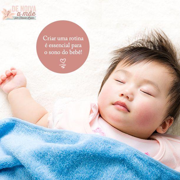Estabelecer uma rotina é essencial para o sono do bebê.  Assim, ensinar o seu bebê a dormir bem é importante não só para a rotina como para o bom funcionamento de toda a casa.  Veja como em: http://denoivaamae.com/dicas-mamaes/dicas-para-criar-a-rotina-de-sono-do-bebe/  #denoivaamae #bebe #sonodobebe #rotinadesono #rotinabebe #maternidade #mae