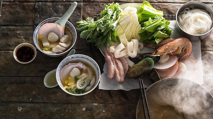 Seafood hotpot (lau do bien) | Seafood recipes | SBS Food