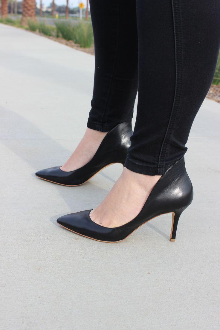 black edgy heels / tacones negros atrevidos