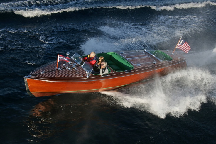 Chris Craft - 1940s1940 S, Crafts Graphics, Wooden Boats, Water Crafts, 1940S Parties, 1940 Chris Crafts, Cris Crafts, Chris Crafts Boats, Retro Boats