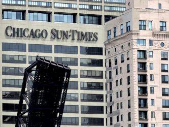 Il Chicago Sun Times, secondo quotidiano della città, licenzia tutti i fotografi chiedendo ai giornalisti di fare foto e video per conto loro.