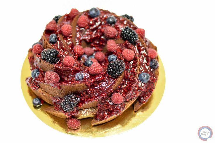 #chocolate #chocolatecake #raspberry #blueberries #blackberry #bolosedesejos #cakedesign #cakedecorating #cakedecorator #cake #sweettooth #foodpics #tasty #delicious #delish #dessert #dessertporn #dessertgram #dessertlover #yummy #instagood #instafood #instacake #cakedesigner #food #desserts #amazing #sweet #foods #foodporn