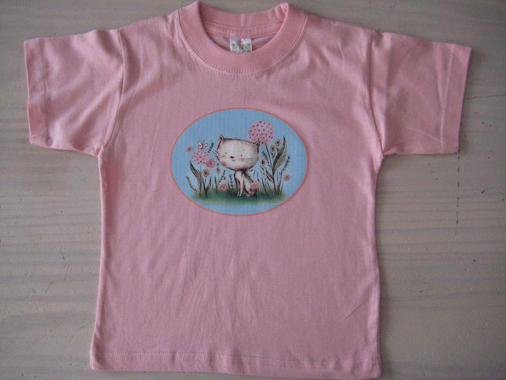 Zachtroze t-shirt met opdruk in full color