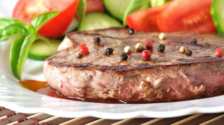 Готовим вкусный стейк из говядины в мультиварке