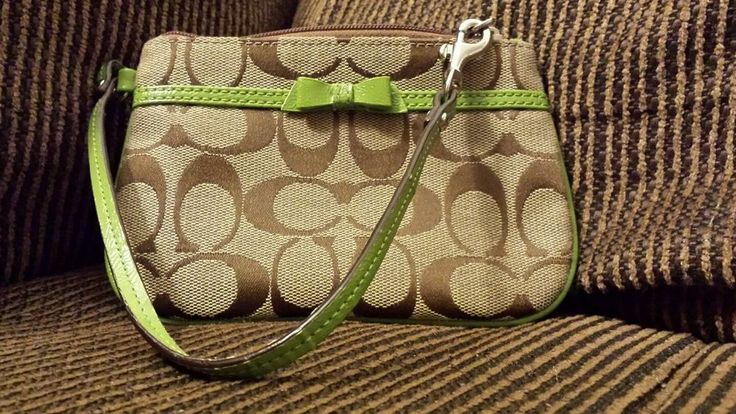 """Rare~hard To Find~COACH Signature """"Bow"""" Wristlet~Lime green Free shipping! #Coach #wristlet"""